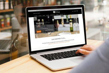 Picking Between Readymade and Custom Magento Themes - Magento Themes